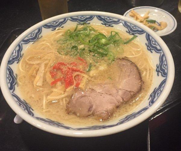六本木 ラーメン 博多麺房赤のれん1
