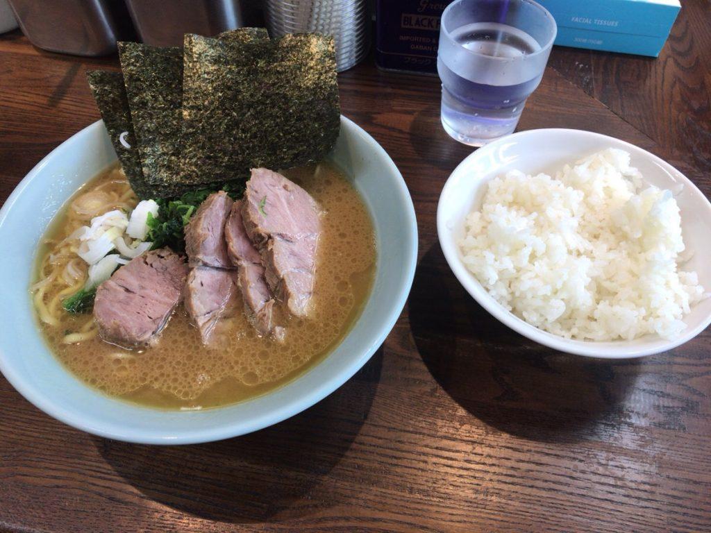 池尻大橋ラーメン横浜家系侍