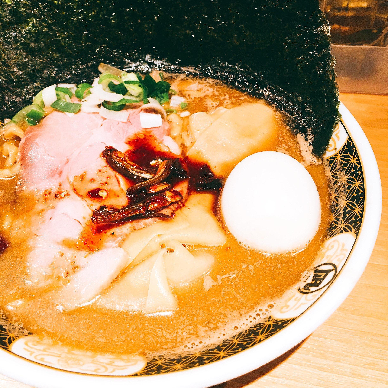 新宿 ラーメン すごい煮干ラーメン凪