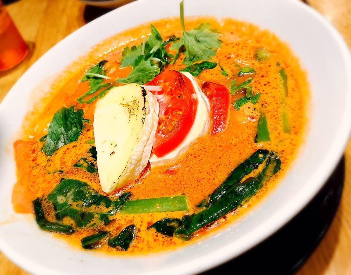 新宿 ラーメン 太陽のトマト麺