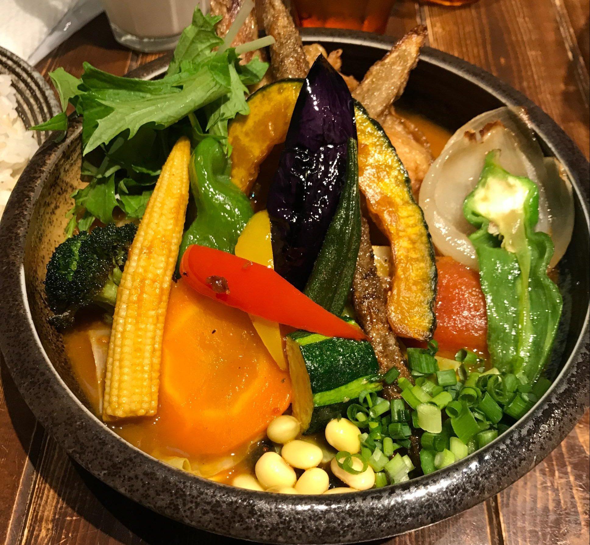 【Rojiura Curry SAMURAI】下北沢店で野菜どっさりなカレーを堪能!