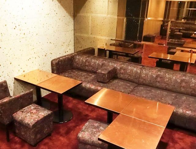 Lu's Luxe Lounge(ルーズリュクスラウンジ)
