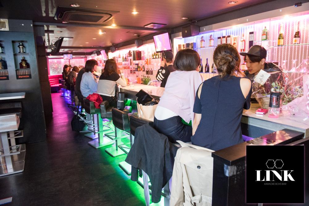 東京ボーイズバー:LINK Karaoke Bar(新大久保)